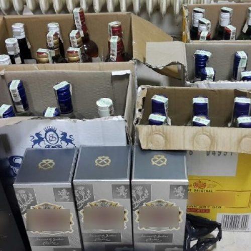 Συλλήψεις για λαθραίες εισαγωγές  ποτών και καπνού