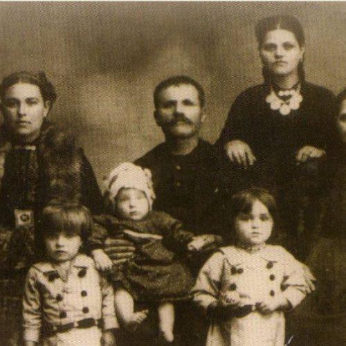 Έθιμα γέννησης βλαχόφωνων Ανατολικού Βερμίου (3) γράφει ο Γιάννης Τσιαμήτρος