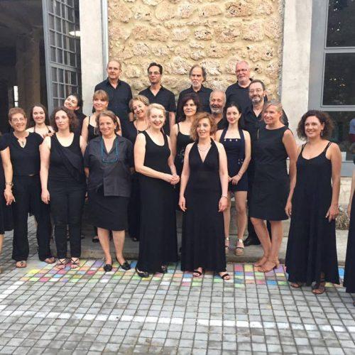 """Χριστουγεννιάτικη συναυλία του φωνητικού  συνόλου  """"Ηχώ Βερόης"""" στη Δημόσια Βιβλιοθήκη της Βέροιας"""