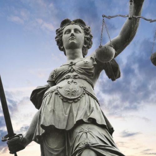 """""""Οι ευθύνες της Αυτοδιοίκησης για την τήρηση του Κράτους Δικαίου, άρα και της κοινωνικής ειρήνης"""" γράφει η Τζωρτζίνα Αθανασίου"""