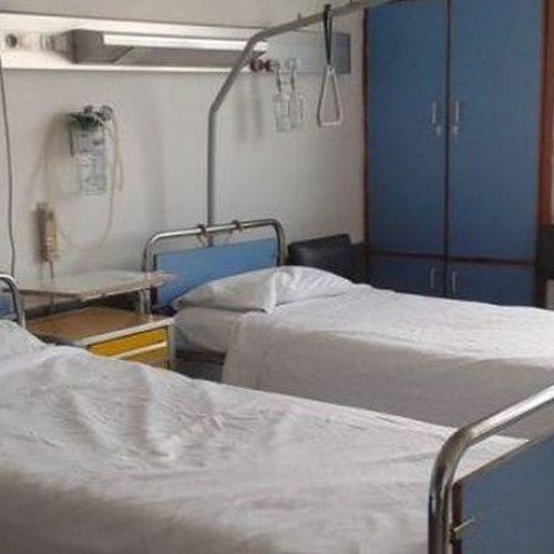 """""""Να χτυπηθεί το «παρακράτος» που κρύβει τα σεντόνια από τους ασθενείς στα νοσοκομεία!"""" γράφει ο  Γεράσιμος Χολέβας"""