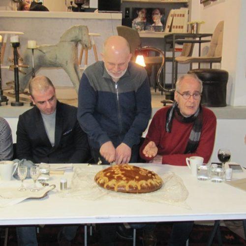 Ο Ποιητικός Πυρήνας έκοψε την πίτα του σε μια βραδιά ζεστής επικοινωνίας και στοχασμού