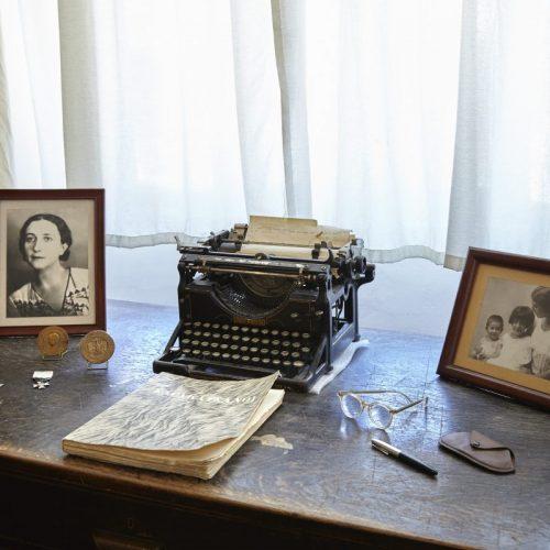 """Μουσείο  Λαϊκής  Τέχνης  και  Παράδοσης  """"Αγγελική  Χατζημιχάλη"""". Γράφει η Άννα Γαβρά"""