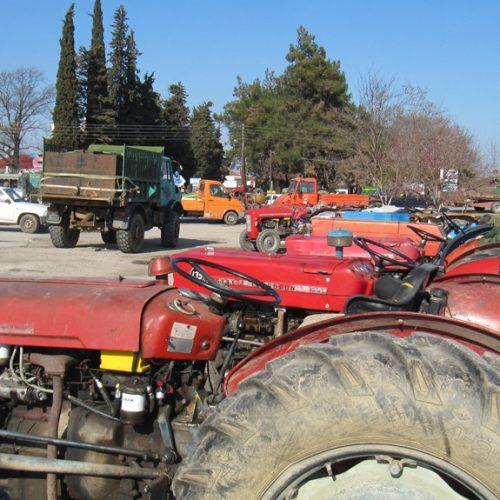 Ξεκίνησαν οι κινητοποιήσεις των αγροτών στην Ημαθία από την Κουλούρα με τρακτέρ   –  Δηλώσεις τριών Προέδρων στη faretra