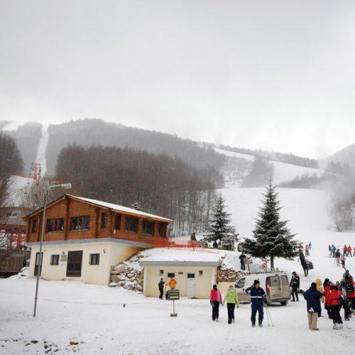 """Δήμαρχος Νάουσας: """"Ελκυστική διακήρυξη για επενδυτές σχετικά με  το Χιονοδρομικό Κέντρο των 3-5 Πηγαδιών"""""""