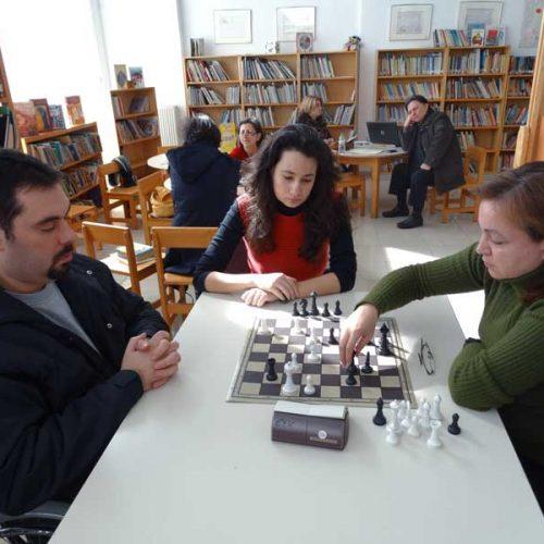 Σκάκι για ενήλικες στην Εύξεινο Λέσχη  Νάουσας