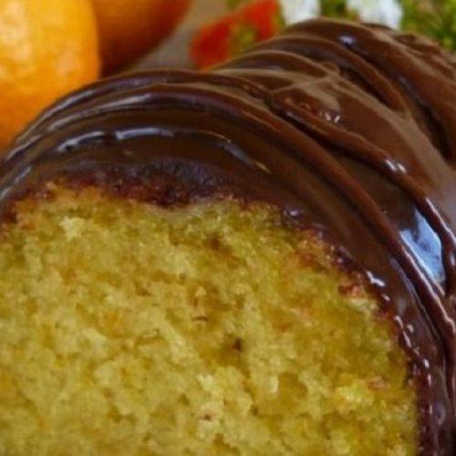 Νηστίσιμο κέικ πορτοκαλιού με γλάσο σοκολάτας