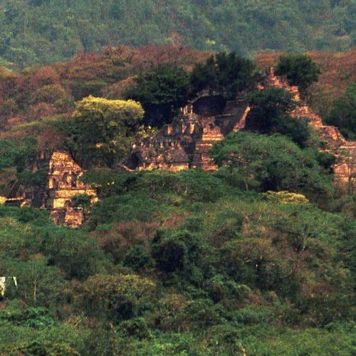 Ερευνητές ανακάλυψαν τεράστια χαμένη πόλη των Μάγια μέσα στη ζούγκλα! - Video