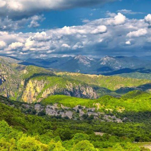 """""""Έθνικα Πάρκα στην Ελλάδα και τον Κόσμο"""" γράφει ο Αλέξανδρος Τζιόλας"""