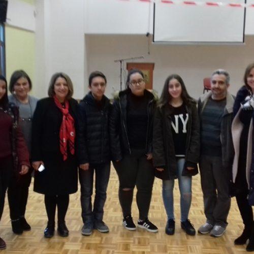 Μεγάλη επιτυχία για το 2ο    Γυμνάσιο   Νάουσας -   Απέσπασε  1ο     και     2ο     Βραβείο   σε     Αγώνες     Λόγου