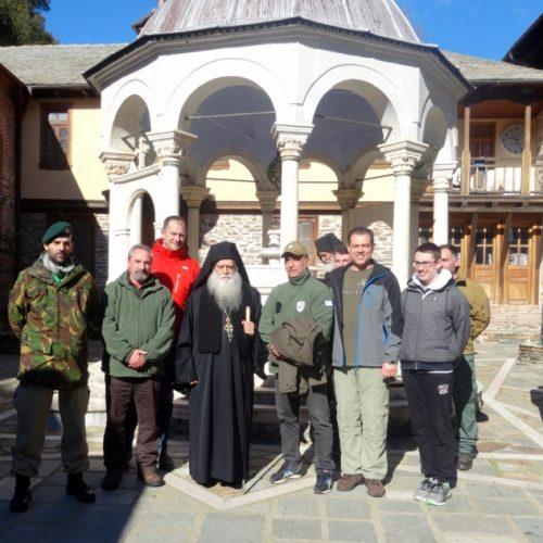 Προσκυνηματική εκδρομή στο Άγιον Όρος πραγματοποίησε η Λέσχη Καταδρομέων Ημαθίας