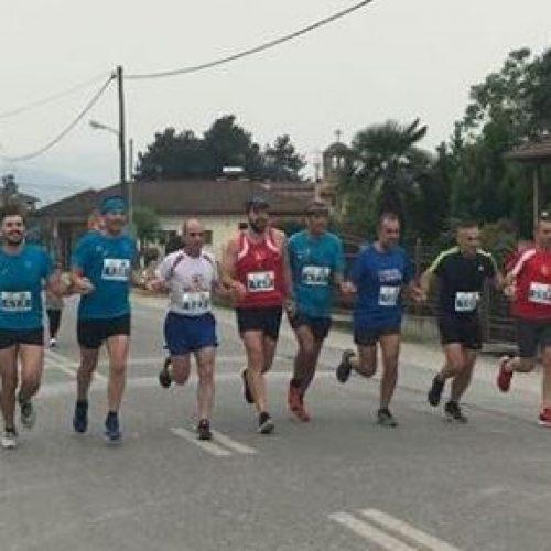 Ο Σύλλογος δρομέων Βέροιας στον 3ο Αγώνα των 21 Μαθητών στο Μακροχώρι