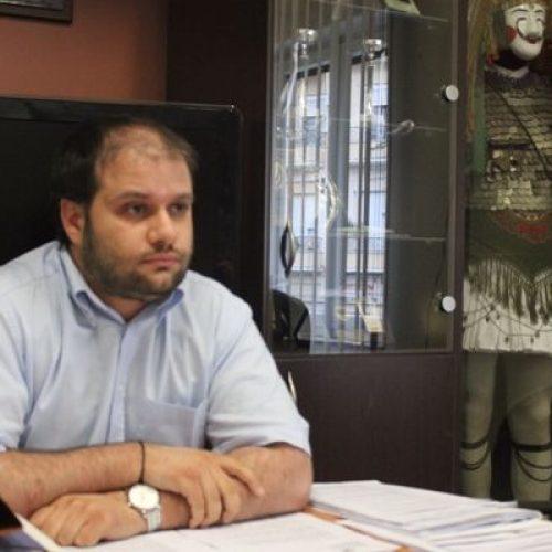 Δήλωση Δημάρχου Νάουσας για επίθεση που δέχτηκε  στο Δημαρχείο