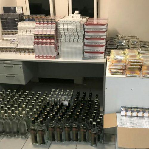 Συνελήφθη 56χρονος  για λαθρεμπόριο καπνικών προϊόντων και αλκοολούχων ποτών