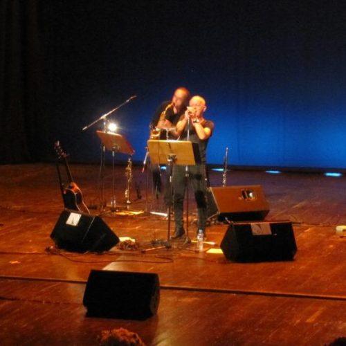 Θάνος Μικρούτσικός και Χρήστος Θηβαίος στη Βέροια. Μια δυνατή συναυλία συνθέσεων και αντιθέσεων