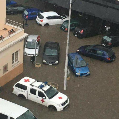 Λιμάνι Θεσσσαλονίκης, Ερυθρός Σταυρός, Δικαστήρια. Μας πήρε το... ποτάμι!