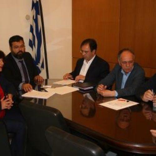 Συμβάσεις για τη βελτίωση αθλητικών εγκαταστάσεων υπέγραψε ο Δήμαρχος Βέροιας