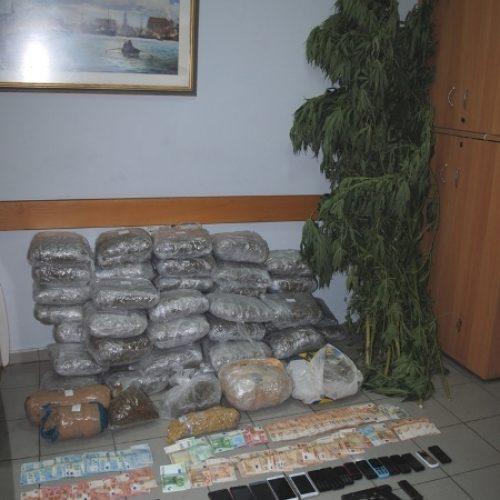 Εξαρθρώθηκε πολυμελής εγκληματική οργάνωση που δραστηριοποιούνταν στην εμπορία και διακίνηση ναρκωτικών