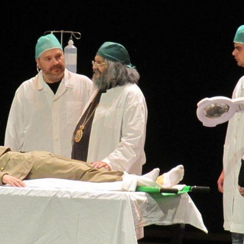 """Το Θεατρικό Εργαστήρι της  Μητρόπολης ανέβασε με επιτυχία την παράσταση """"Άγιος Λουκάς Ιατρός"""""""