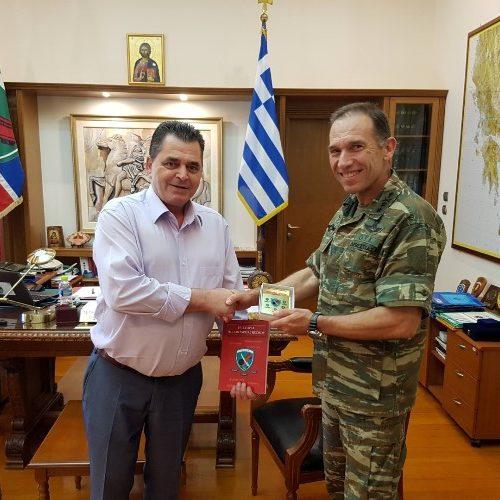 Επίσκεψη του αντιπεριφερειάρχη Ημαθίας στον διοικητή της Ιης  Μεραρχίας Πεζικού