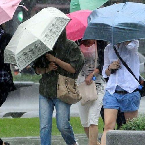 Κακοκαιρία στο μεγαλύτερο μέρος της χώρας - Ισχυρές βροχές, καταιγίδες και τοπικές χαλαζοπτώσεις