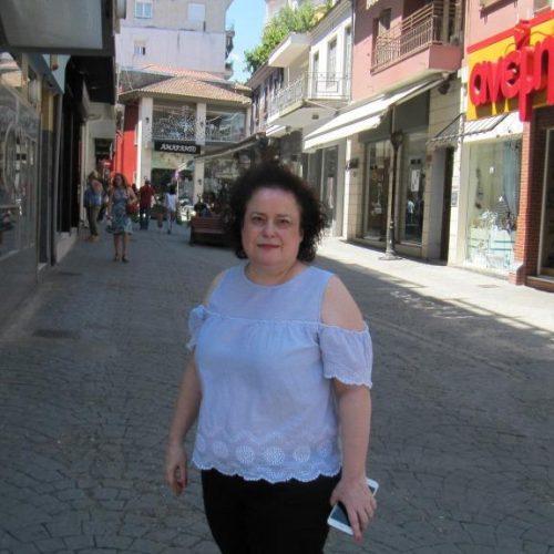 """Αθηνά Πλιάτσικα: """"Πάγιο αίτημα του εμπορικού κόσμου, η ανακατασκευή δρόμων της Αγοράς της Βέροιας, ικανοποιείται"""""""