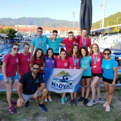 """Εντυπωσιακό φινάλε έκαναν οι αθλητές-τριες της Κολυμβητικής Ακαδημίας """"ΝΑΟΥΣΑ"""""""