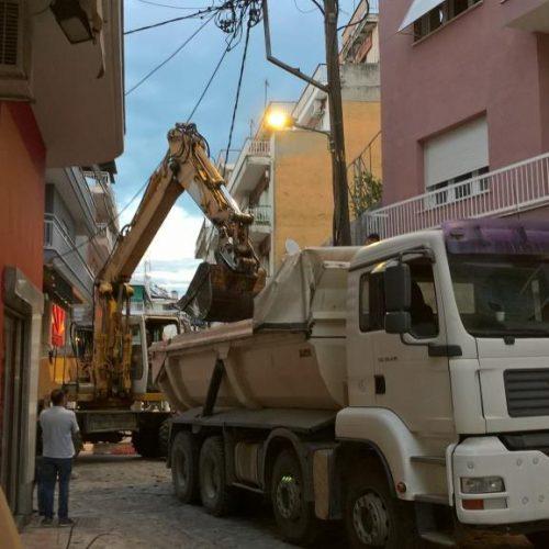 Μέχρι αργά οι εργασίες ανακατασκευής δρόμων της Αγοράς