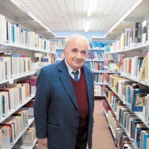 Η Δημόσια Κεντρική Βιβλιοθήκη Βέροιας  ευχαριστεί τον Γεώργιο Χ. Χιονίδη για τη δωρεά βιβλίων