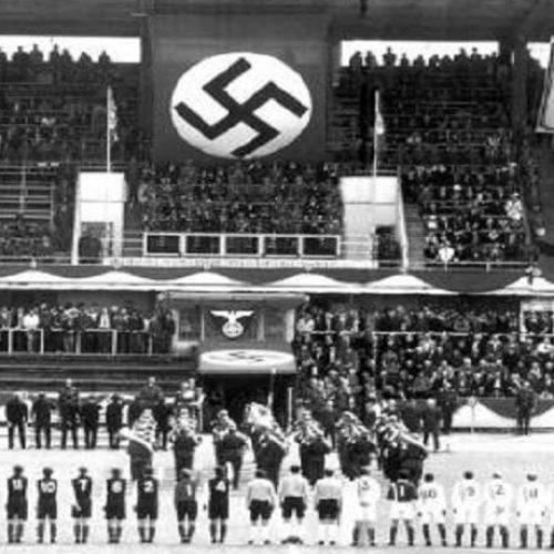 """9 Αυγούστου 1942: """"Fizcult Hura"""" – """"Hail Hitler"""": 5- 3! Γράφει ο Νίκος    Μπογιόπουλος"""