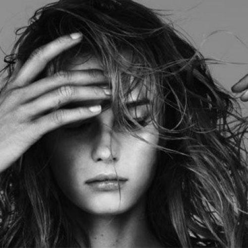 Νιώθετε συνεχώς κούραση, δυσφορία, υπνηλία; Δείτε  πού αυτό μπορεί να οφείλεται