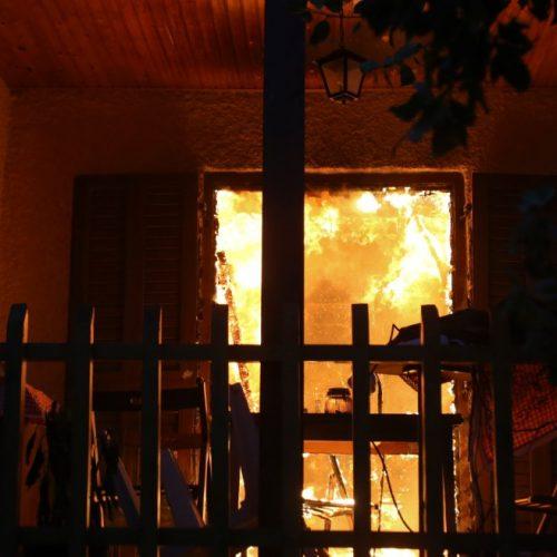 """""""Οι φωτιές έκαψαν (και) το παραμύθι"""" γράφει ο Δημήτρης Μηλάκας"""