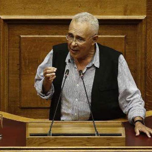 Ζουράρις: Απαράδεκτη υπερβολή η υποδοχή των δύο Ελλήνων στρατιωτικών