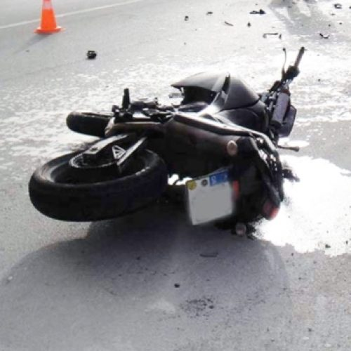 Θανατηφόρο τροχαίο - Πλαγιομετωπική σύγκρουση ΙΧ με  με δίκυκλη μοτοσικλέτα