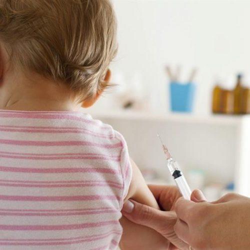 Ενημερωτική συνάντηση για τους παιδικούς εμβολιασμούς στη Βέροια