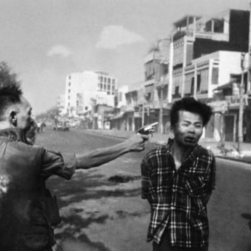 """""""Αν φωτογραφίες μιλούσαν... Κάποιες αξίζουν περισσότερο από χίλιες λέξεις"""" γράφει ο Β. Λεβεντογιάννης"""