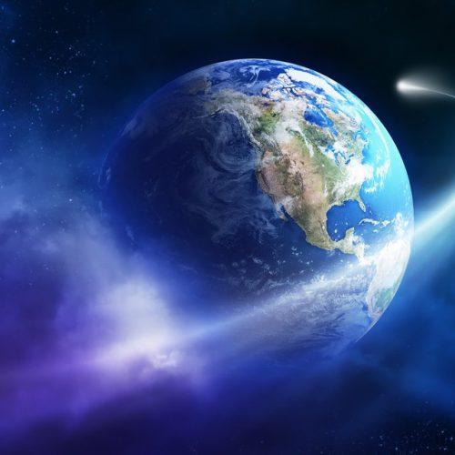 """""""Ήταν ένας μικρός πλανήτης"""" γράφει ο Παντελής Μπουκάλας"""