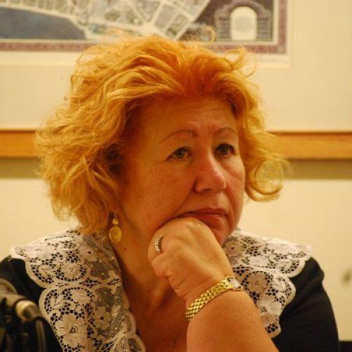 """Συνάντηση με τη συγγραφέα Νόρα Πυλόρωφ στο """"εκτός χάρτη"""" στη Βέροια"""