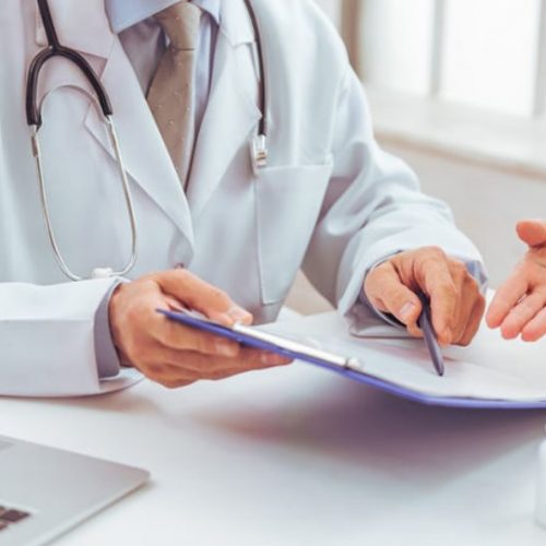 """Τι ισχύει τελικά με τον οικογενειακό γιατρό - Οι """"συνέπειες"""" για όσους δεν γραφτούν"""