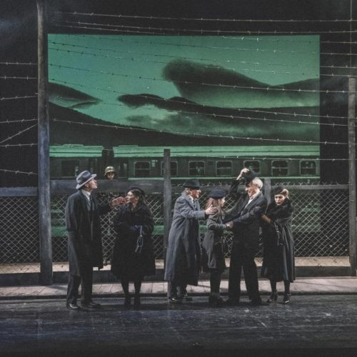 """Συγκίνησε  και καταχειροκροτήθηκε   η πρεμιέρα της παράστασης """"Καληνύχτα Μαργαρίτα""""  στο Θέατρο της Μονής Λαζαριστών"""