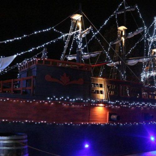 Το καράβι των ξωτικών υποδέχεται τα παιδιά την Παρασκευή. Πολλές και εντυπωσιακές  χριστουγεννιάτικες εκδηλώσεις