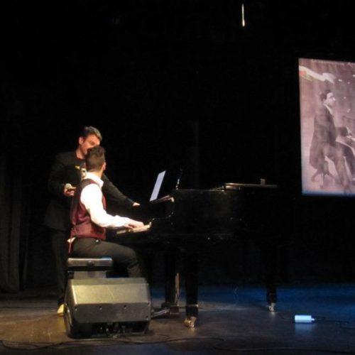 Αττίκ και καμπαρέ του Μεσοπολέμου μέσα από μια ιδιαίτερη παράσταση