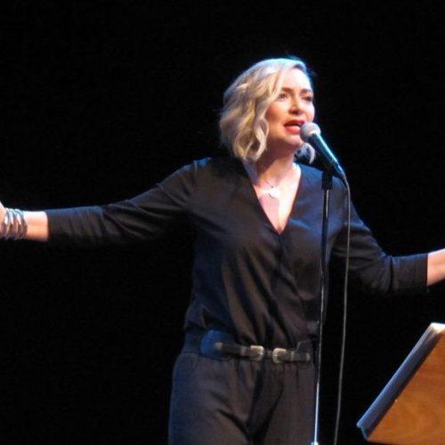 Η Ρίτα Αντωνοπούλου στη Βέροια μ' ένα συναρπαστικό ταξίδι στην ποίηση του Μάνου Ελευθερίου
