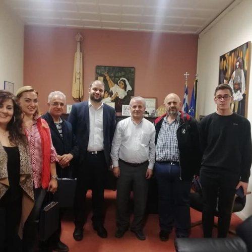 Επίσκεψη  στην Εύξεινο Λέσχη   Νάουσας και την Εθνική Βιβλιοθήκη Αργυρουπόλεως
