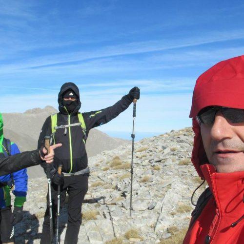 """Όλυμπος: Η Ορειβατική Ομάδα Βέροιας """"Τοτός"""" στον  Αγ. Αντώνη από Πριόνια και Μαυρόλογγο"""