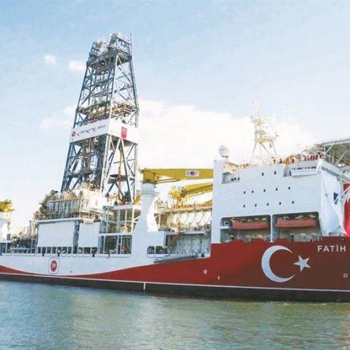 Κλιμακώνει τις προκλήσεις της η Τουρκία - Ξεκινά γεωτρήσεις στην κυπριακή ΑΟΖ (video)
