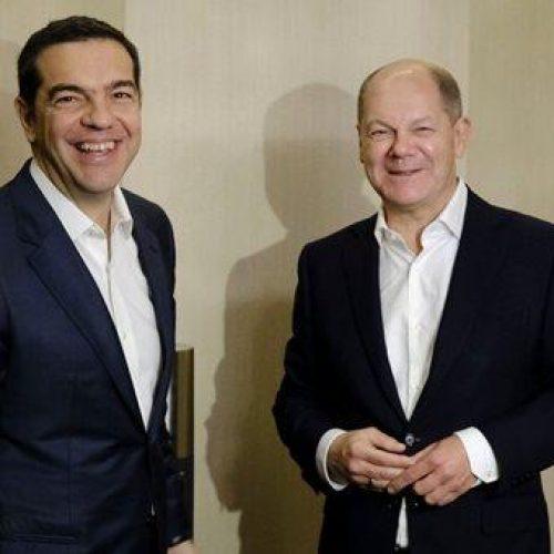 Σώζονται μόνο οι χαμηλές συντάξεις μετά τη συνάντηση Τσίπρα - Σολτς;