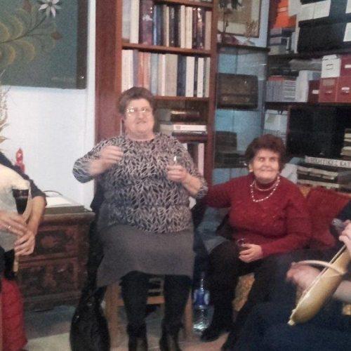 """""""Γύρω από το Τζάκι"""". Μια πετυχημένη εκδήλωση στο «'Εθνογραφικό Κέντρο Γιώργη Μελίκη»"""