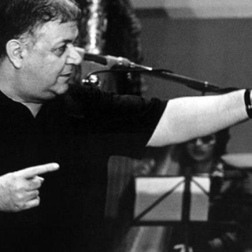 """Μάνος Χατζιδάκις: """"Γεννήθηκα στην Ξάνθη, μα η Κρήτη κυκλοφορεί   στο αίμα μου!"""" Μια άγνωστη συνέντευξη"""