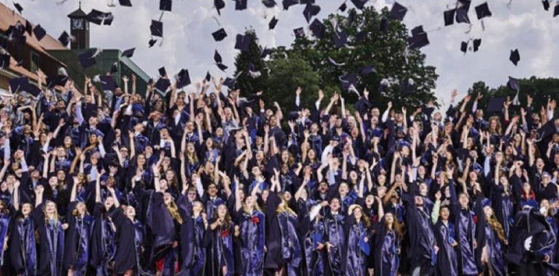 """""""Αμερικανοί φοιτητές: Χρωστούν 1,5 τρις δολάρια σε σπουδαστικά δάνεια!"""" γράφει  ο Παναγιώτης Θεοδωρόπουλος"""
